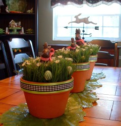 s_Kitchen_chandelier & clay pots3