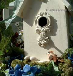 s_Spring Birdhouse Wreath_3_closeup