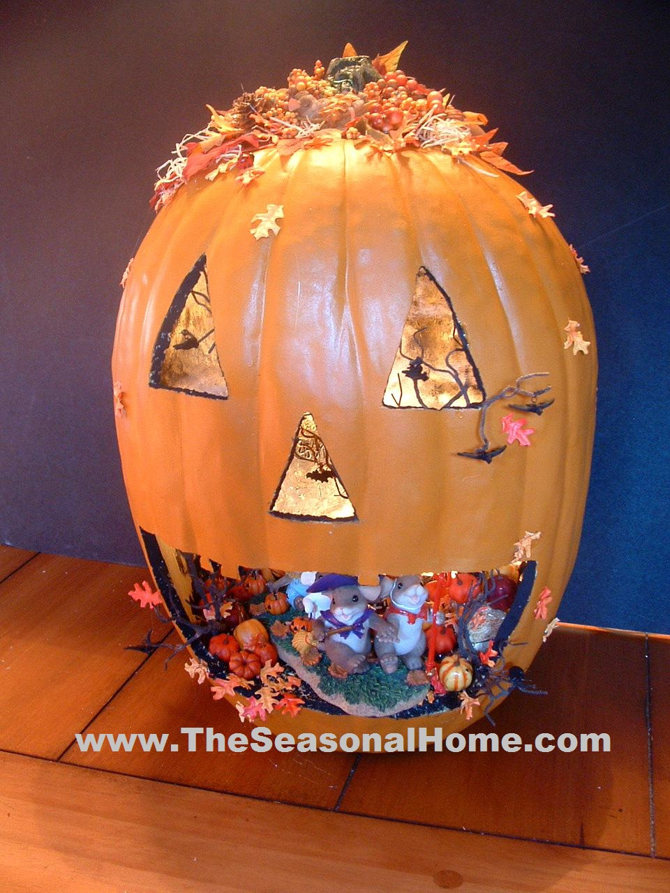 Create a jack o lantern pumpkin scene « the seasonal home