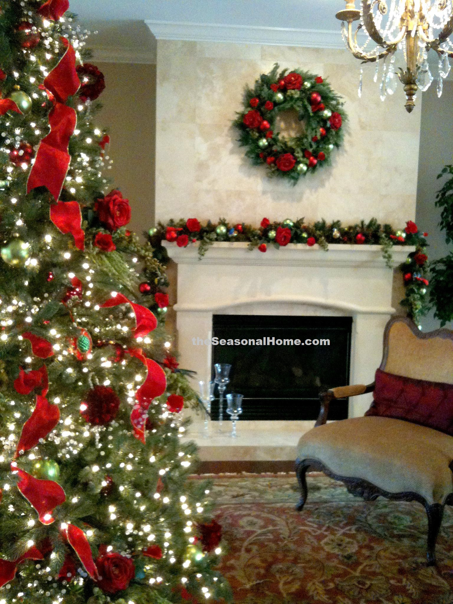 Rose Theme_Tree and Fireplace