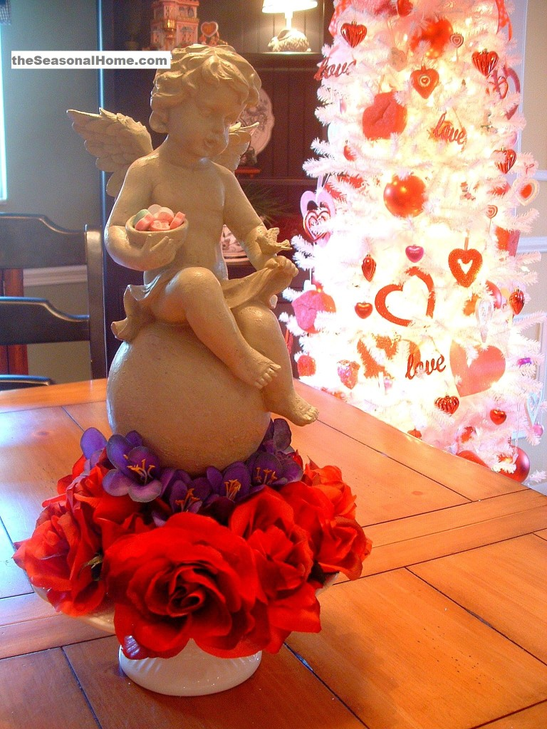 s_new_angel on table_tree in back_s
