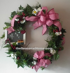 s_BACKTOSCHOOLWREATH3