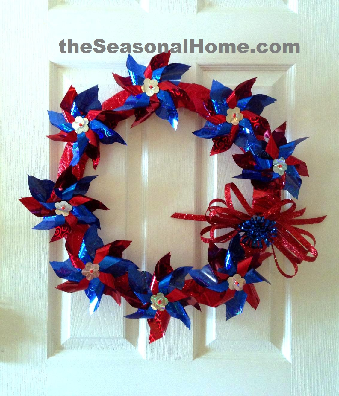 Make A Whirly Twirly Patriotic Wreath 171 The Seasonal Home