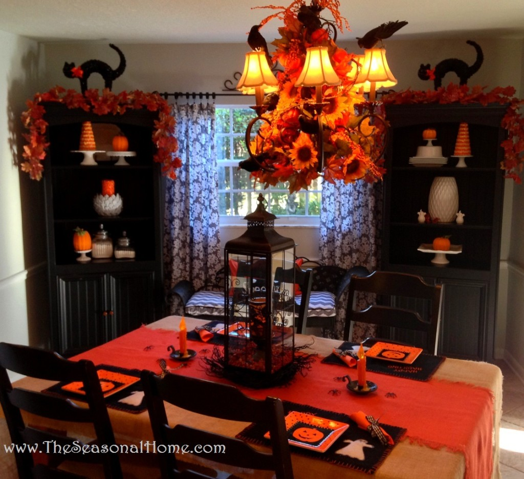 s_halloween table_full 1