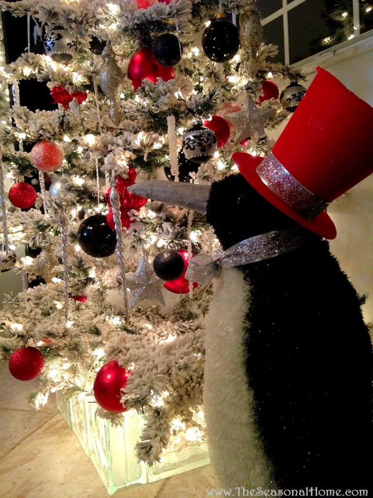 s_kitchen_tree_penguin
