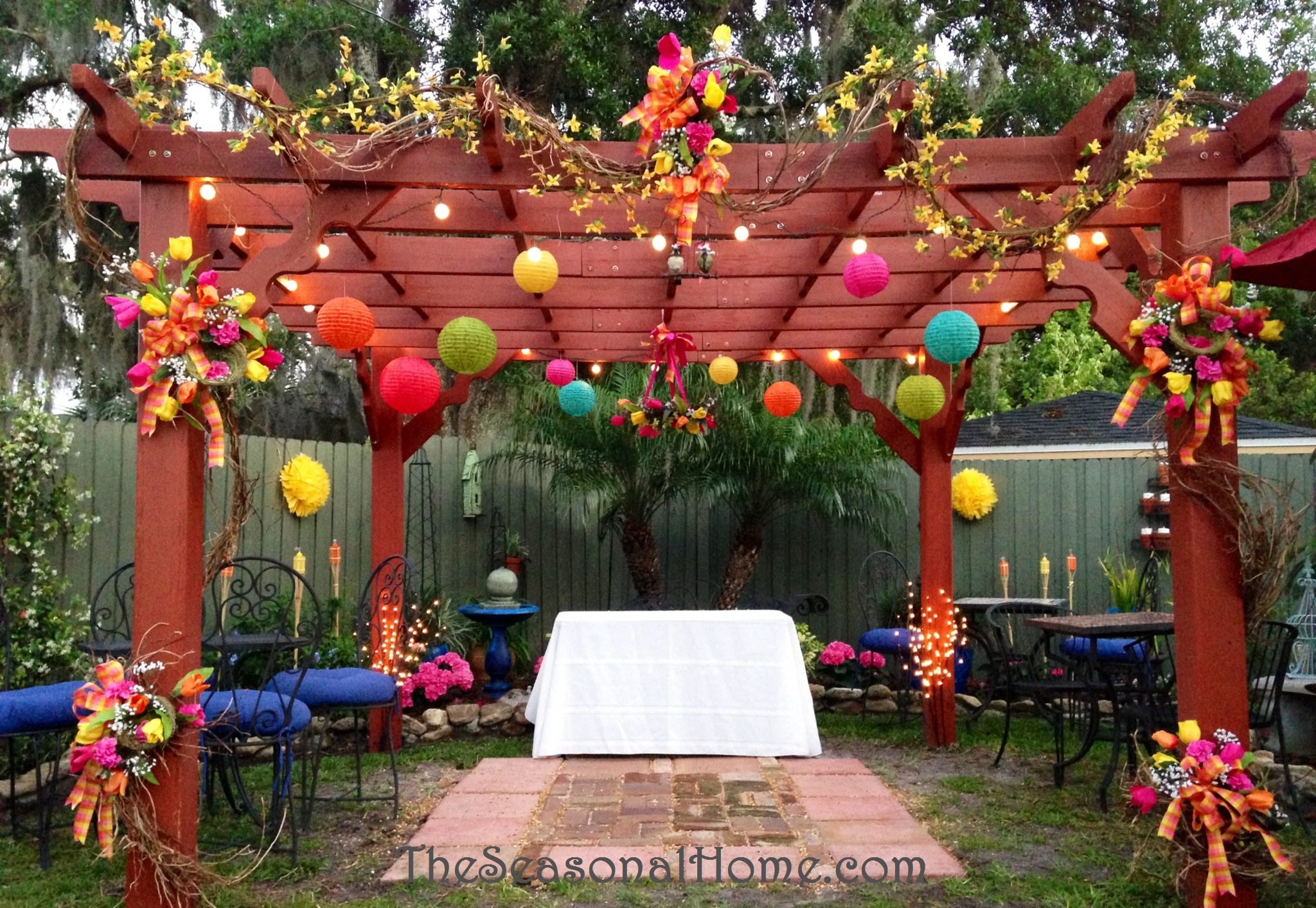 Ideas For A Budget Friendly Nostalgic Backyard Wedding Reception The Seasonal Home