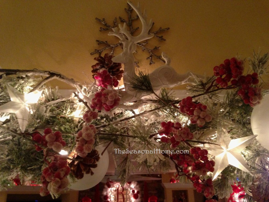 s_LR_garland_closeup 3