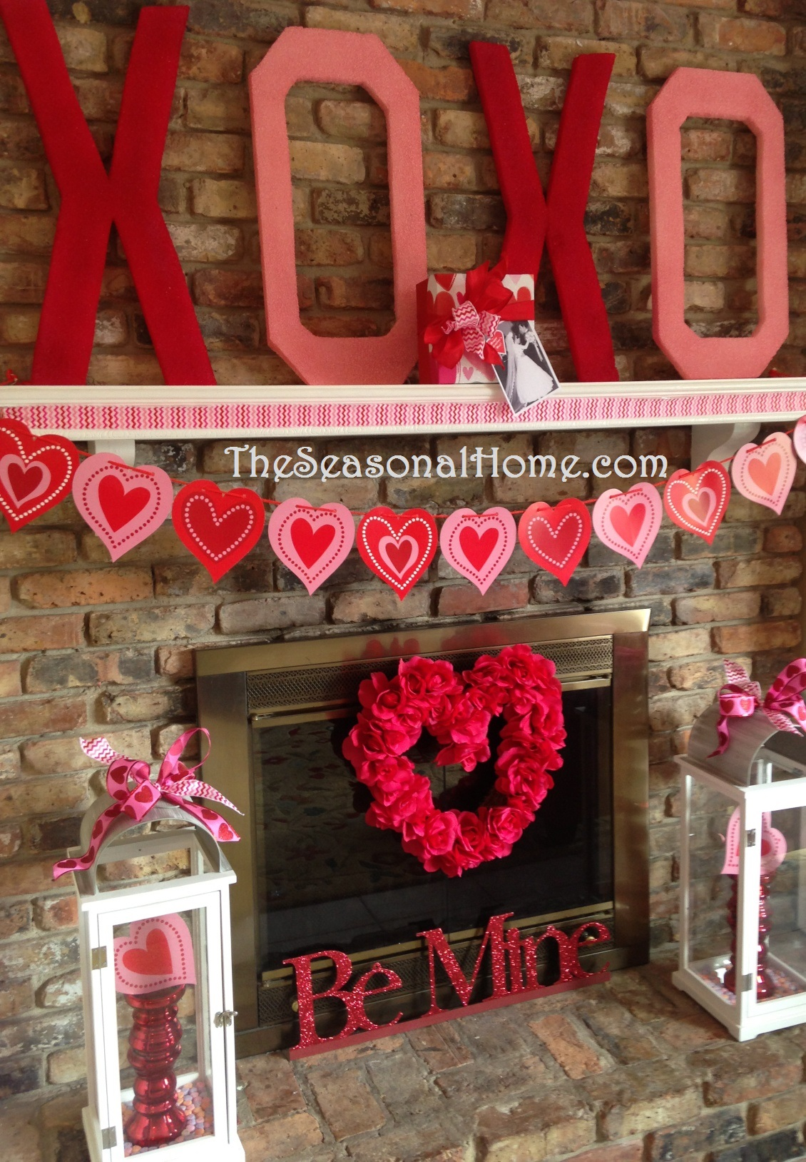 Valentine kisses hugs d i y decor gift idea the for Home decorations for valentine s day